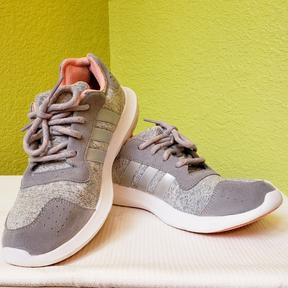 71f08956 ADIDAS ELEMENT REFRESH Running Shoes, Sz. 7